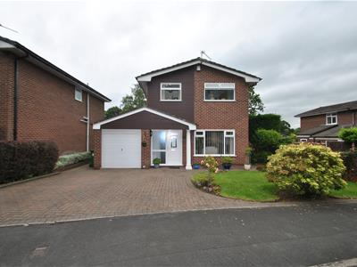 Woodlands Drive, THELWALL, Warrington, WA4