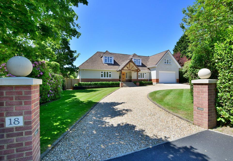 Lone Pine Drive, Ferndown, Dorset, BH22 8LS