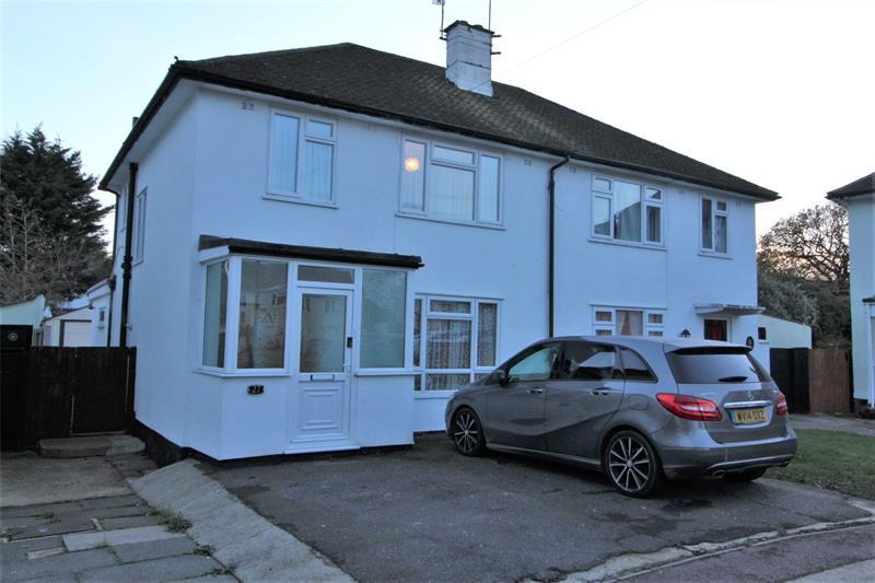Broomfield Avenue, Leigh-on-Sea, SS9
