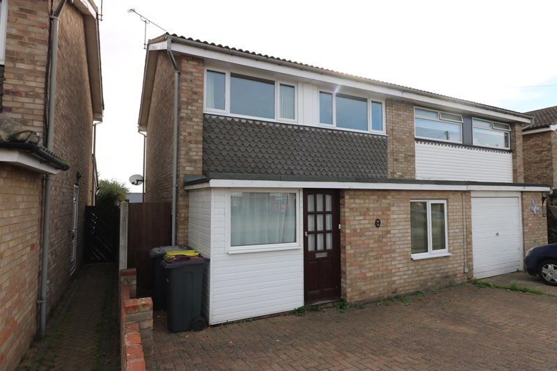 Seaview Drive, Great Wakering, Southend-On-Sea, Essex, SS3