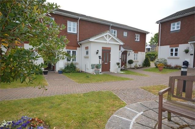 Brickfield Farm Close, Longfield