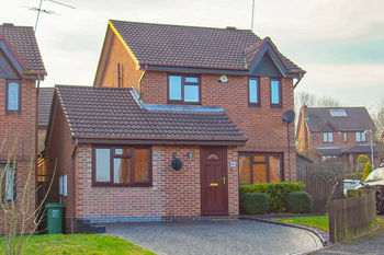Longfellow Close, Redditch