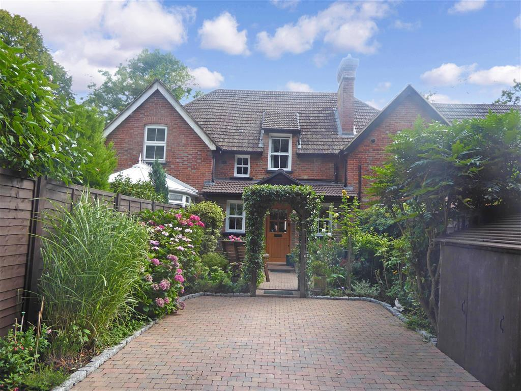 Bletchingley Road, , Godstone, Surrey