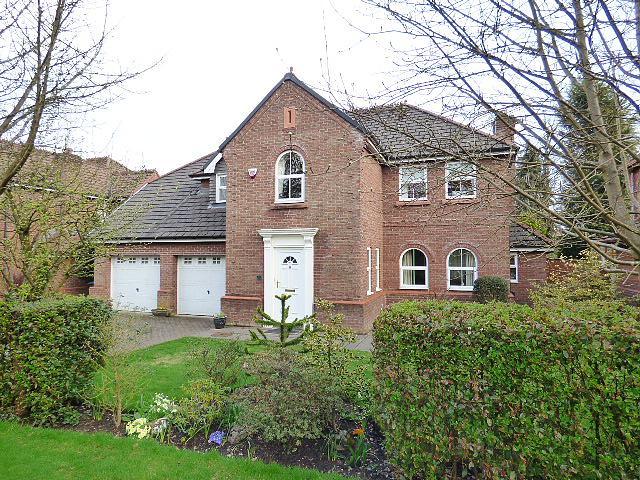 Stainforth Close, Culcheth, Warrington, WA3  4HZ