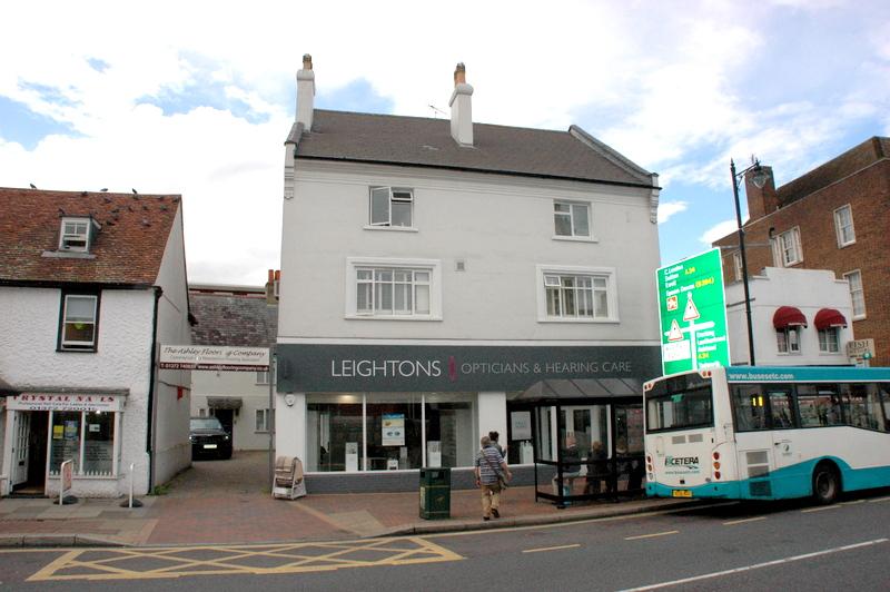 High Street , Epsom, Surrey, KT19 8BJ