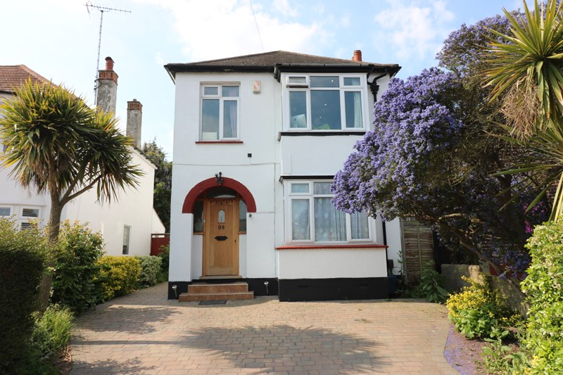 Carlton Avenue, Westcliff-On-Sea, Essex, SS0