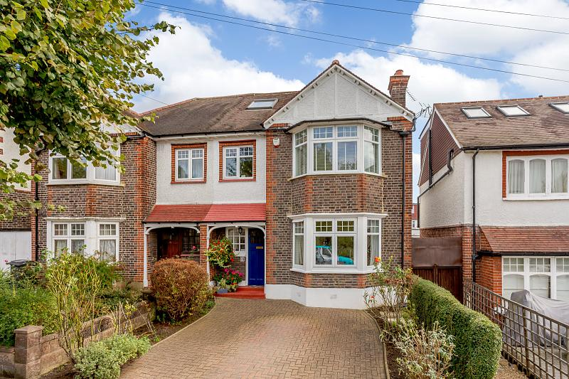 Coombe Gardens, KT3 4AB