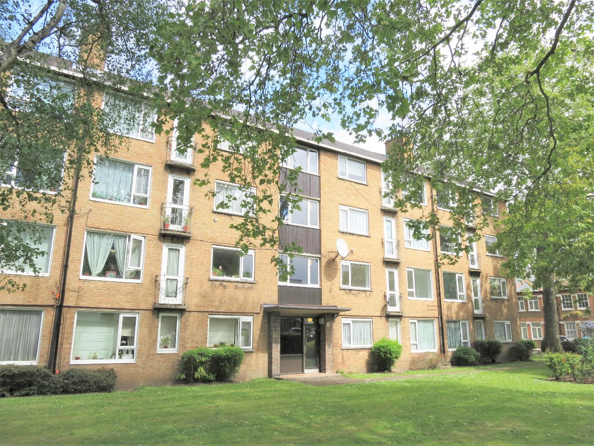 FINUCANE COURT, LOWER MORTLAKE ROAD
