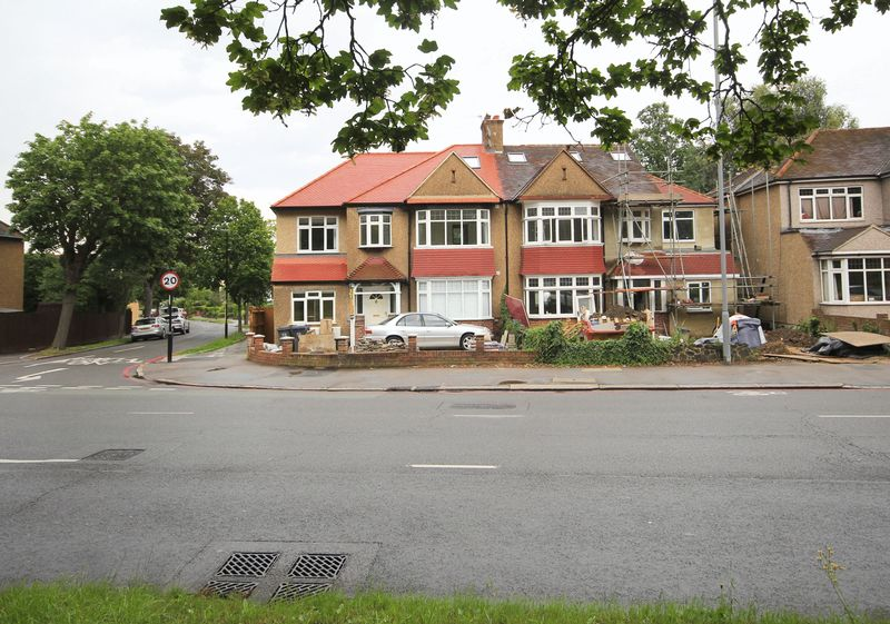 Shirley Road, Shirley