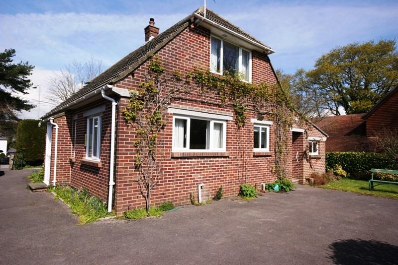 Wimborne Road, Corfe Mullen, Wimborne, Dorset, BH21