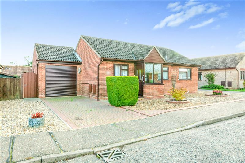Frobisher Road, Dovercourt, Harwich, CO12