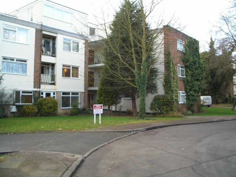 Dunraven Drive, Enfield, Middlesex, EN2