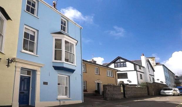 Battersea House, St. Marys Street, Tenby, Pembrokeshire