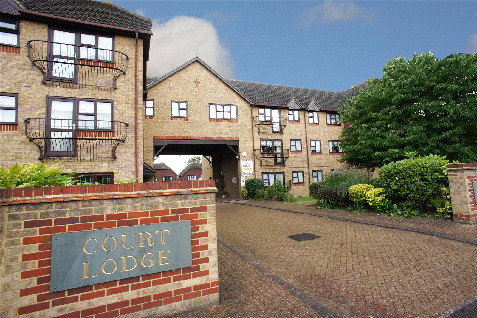 Court Lodge, Erith Road, Belvedere, Kent, DA17