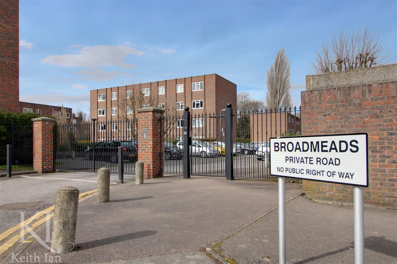Broadmeads, Ware