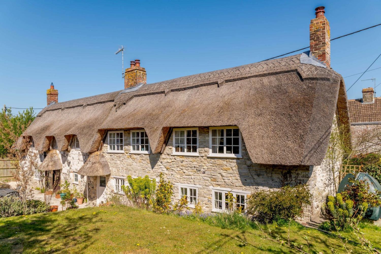 Yew Tree Cottage, Wylye Road, Hanging Langford, Salisbury