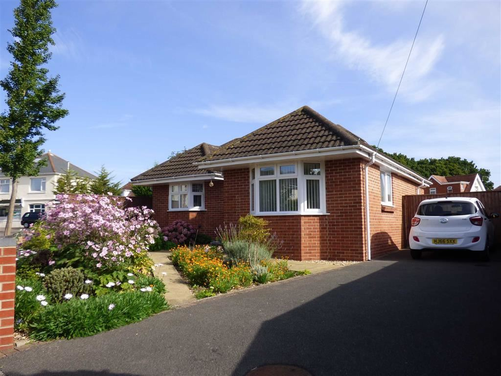 Frensham Close, Redhill, Bournemouth, Dorset