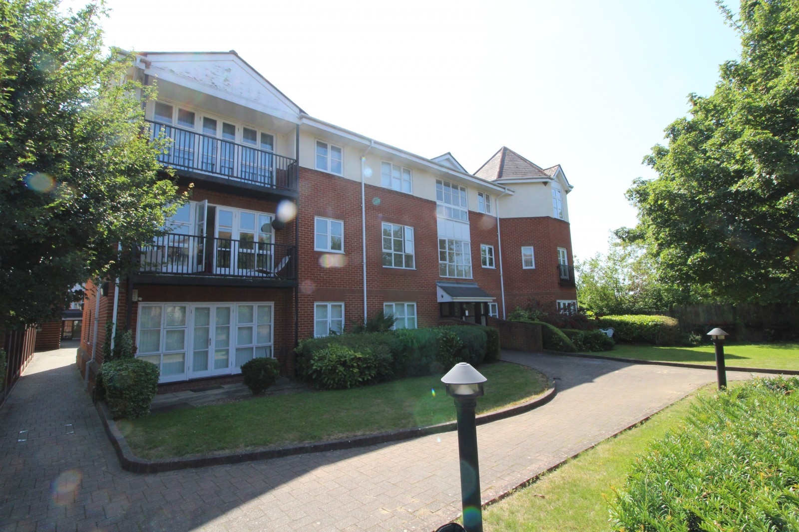 Deyncourt Gardens, Upminster, Essex, RM14