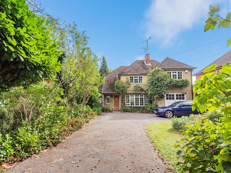 87A Oak Tree Road, Reading, RG31 6LA