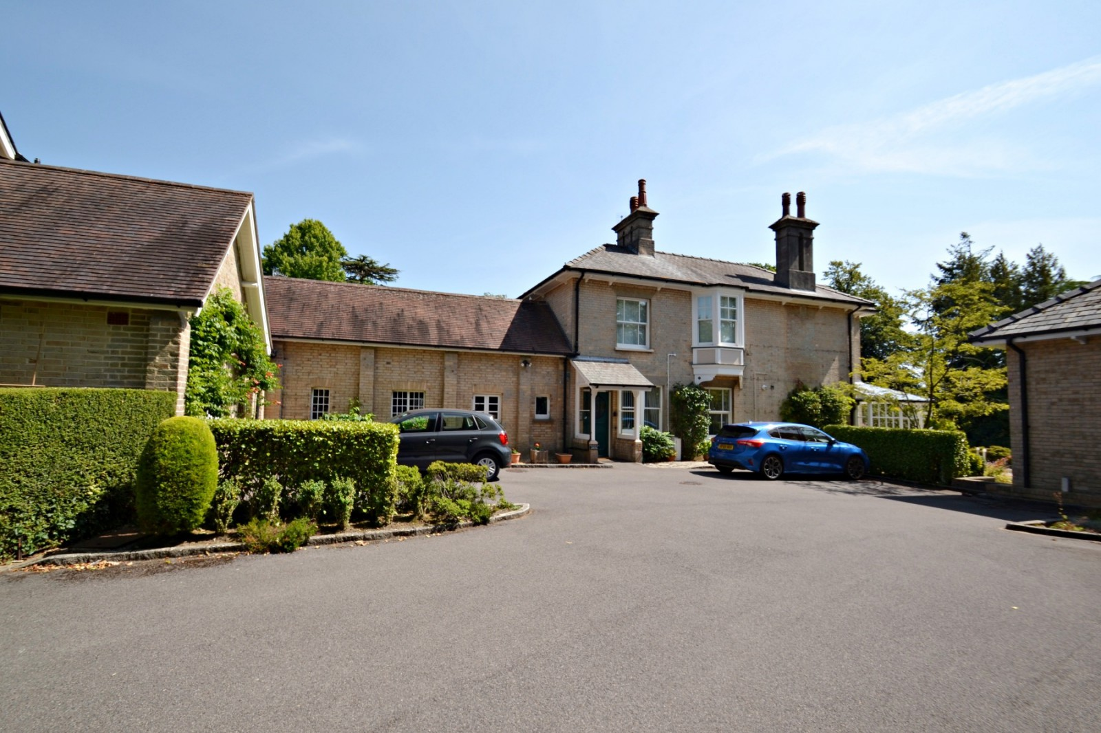 Ridgeway, Broadstone