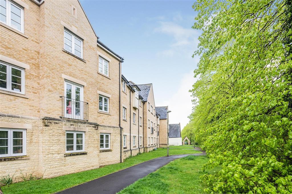 Wilkinson Place, Witney, OX28