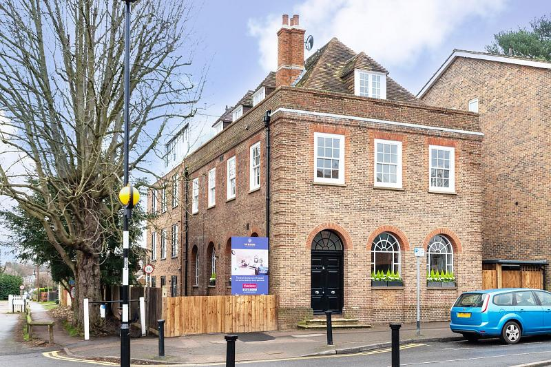 The Old Bank, KT10 0QY