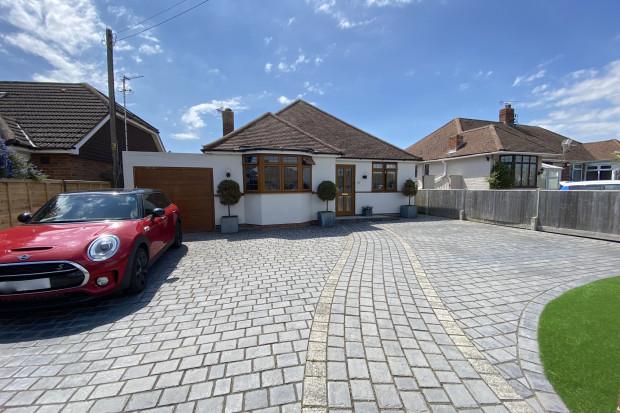 Oldfield Road,  Eastbourne, BN20