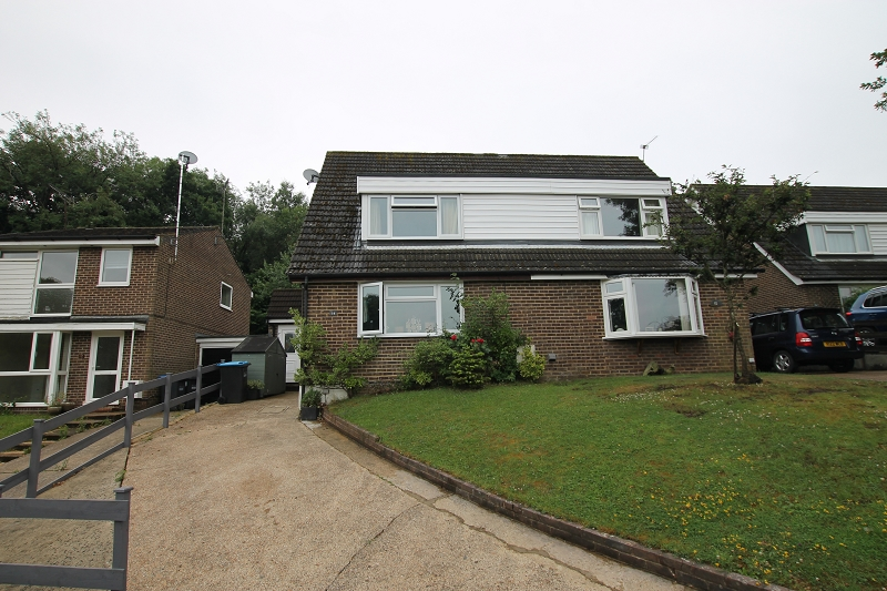 Cob Close, Crawley Down, Crawley, West Sussex. RH10 4EX