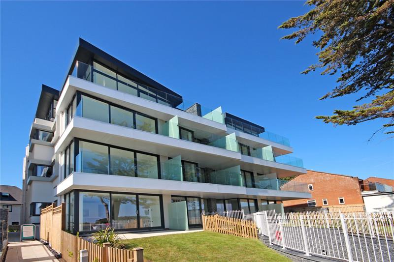 Boscombe Overcliff Drive, Bournemouth, BH5