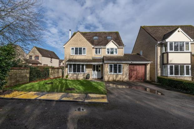 Chedworth Drive, Witney, Oxfordshire