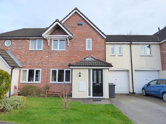 Deacons Close, Croft, Warrington WA3 7EN