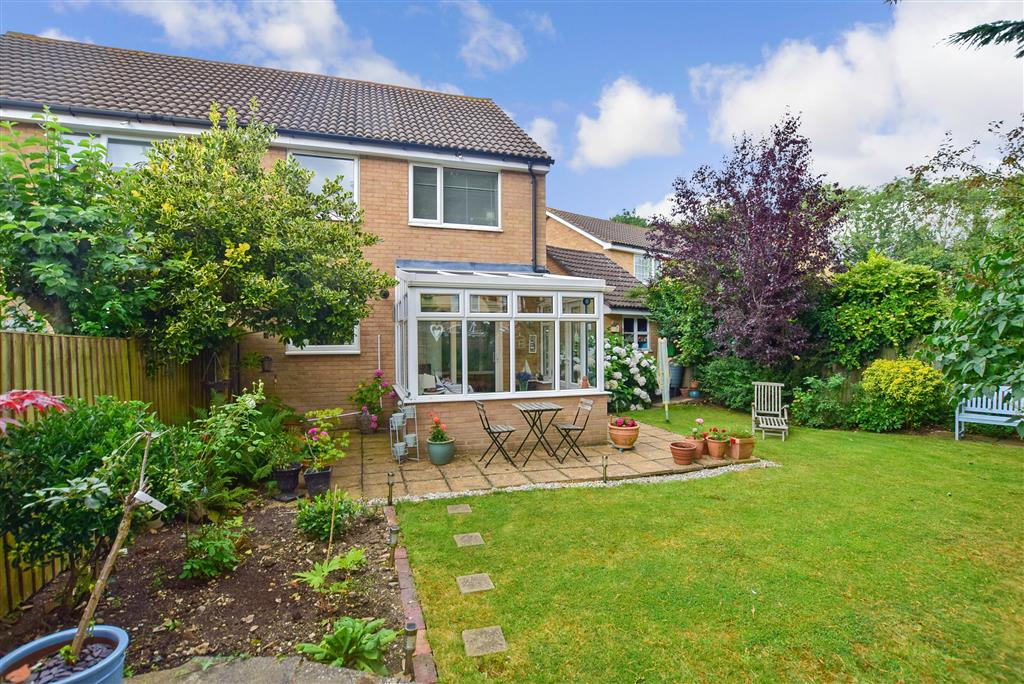 Seven Acres, , New Ash Green, Longfield, Kent