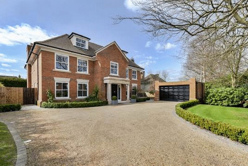 Kingswood Surrey £7,000 Pcm