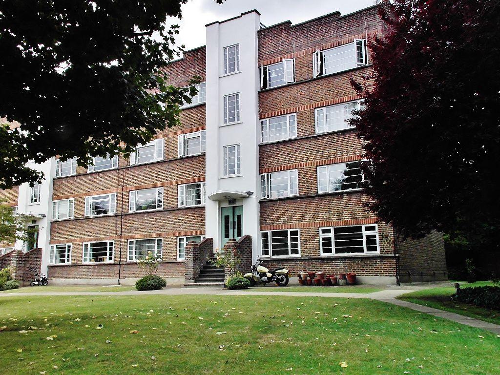 Park Court, Park Road, Hampton Wick, Surrey, KT1 4AX