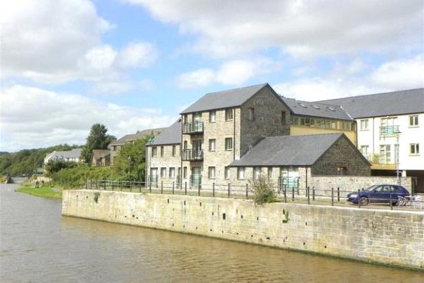 Flat 2, North Quay Court, The Green, Pembroke