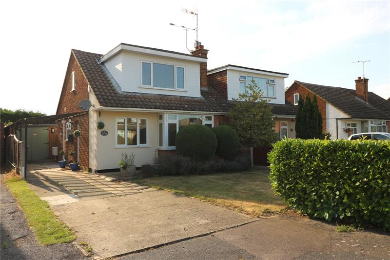 Larkfield Close, Rochford, Essex, SS4