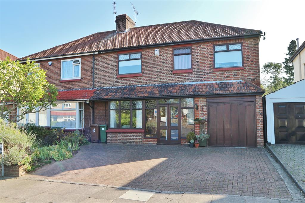 Manor Way, Bexleyheath, Kent, DA7 6JL