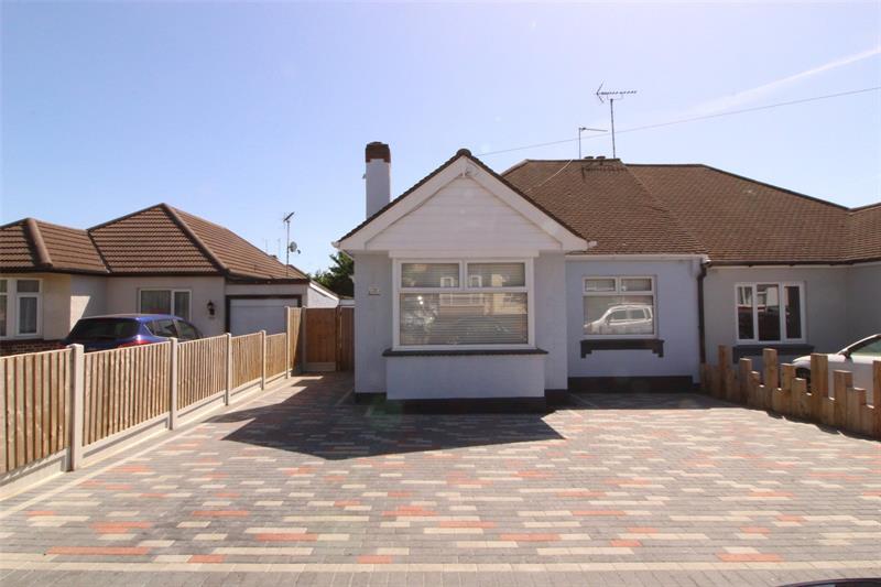 Irvington Close, Leigh-on-Sea, Essex, SS9