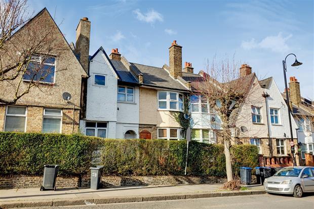 Northborough Road, LONDON