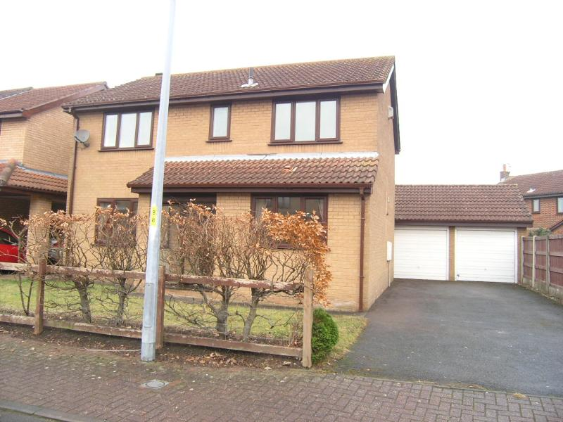 98 Castle Green, Kingswood, Warrington, WA5 7XA