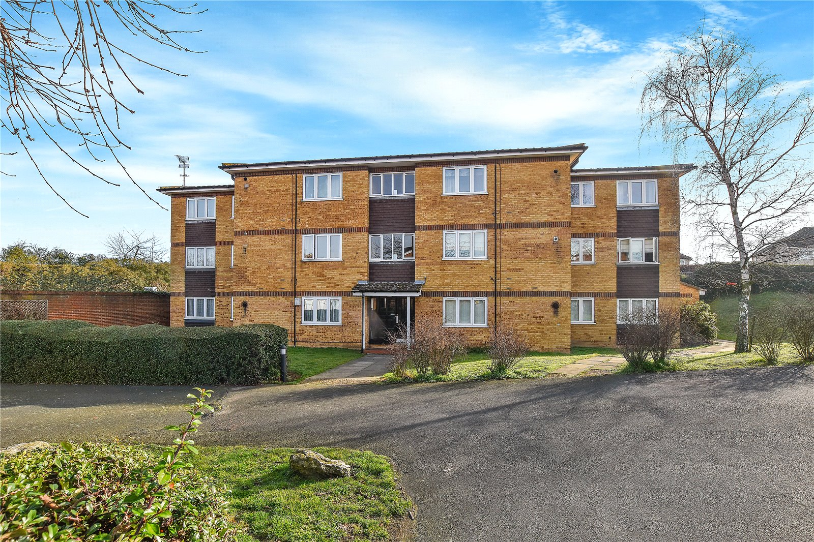 Fox Hollow Drive, Bexleyheath, Kent, DA7