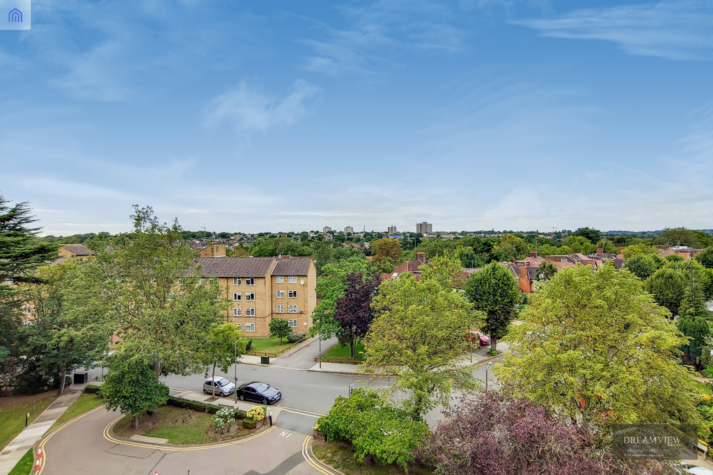 DOLPHIN COURT, WOODLANDS, GOLDERS GREEN, London, NW11