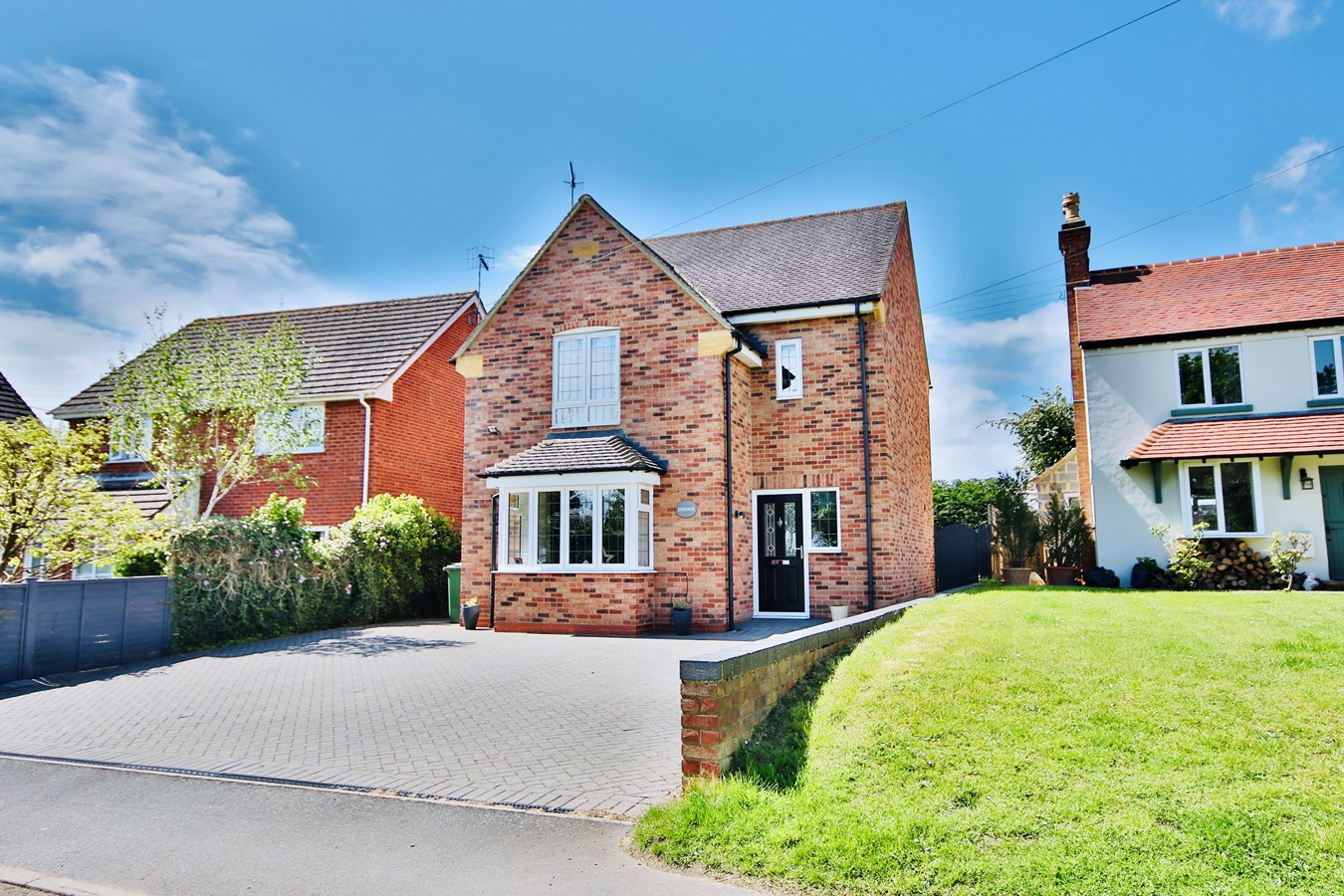 Cherry Orchard Road, Lower Moor, Pershore, WR10
