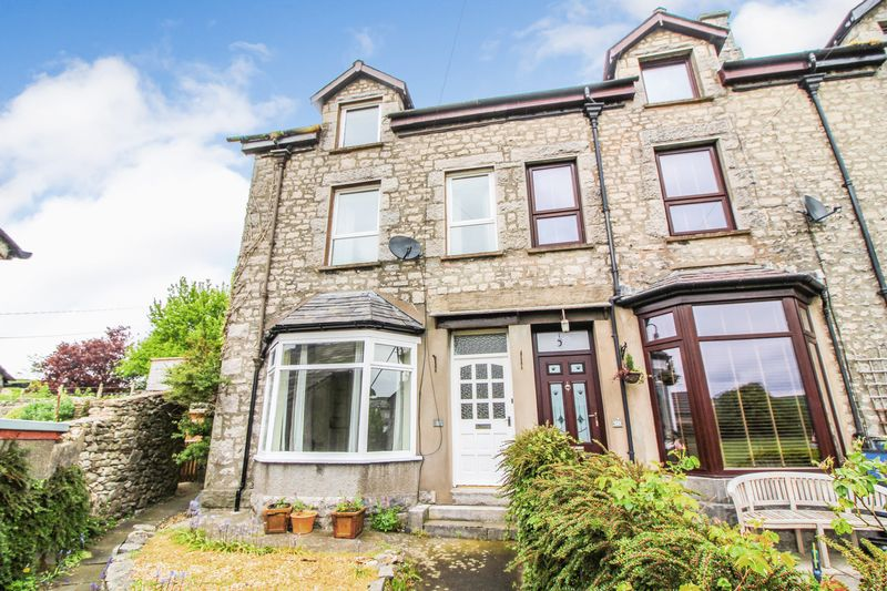 Fantastic 4 Bed Family Home With Garage