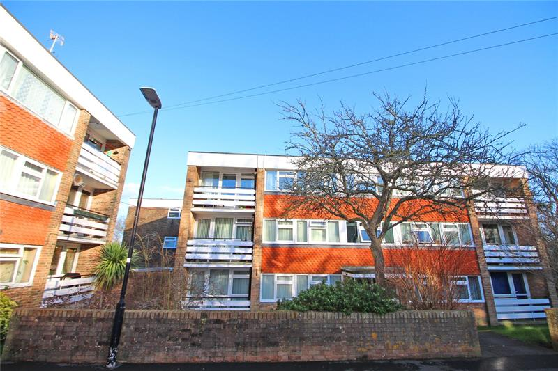 Barcombe Close, Eastbourne, East Sussex, BN20