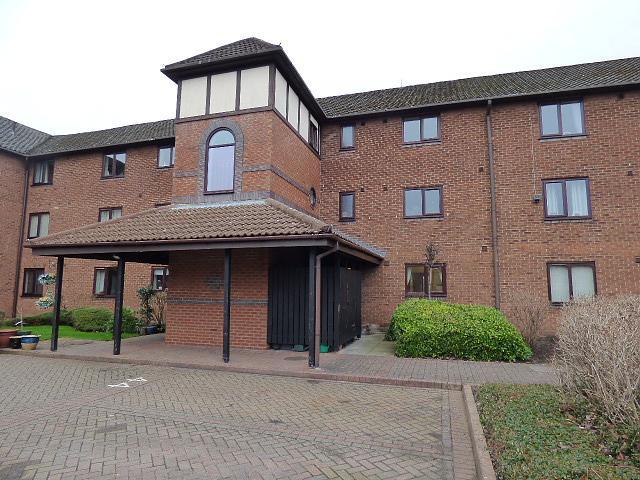 44 Newsholme Close, Culcheth, Warrington, WA3  5DE