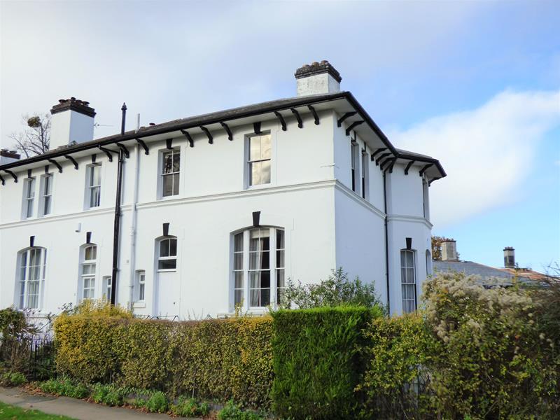 Lansdowne Crescent, Malvern