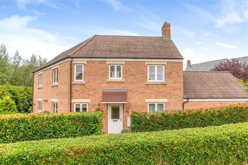 Waterford Lane, Witney, OX28