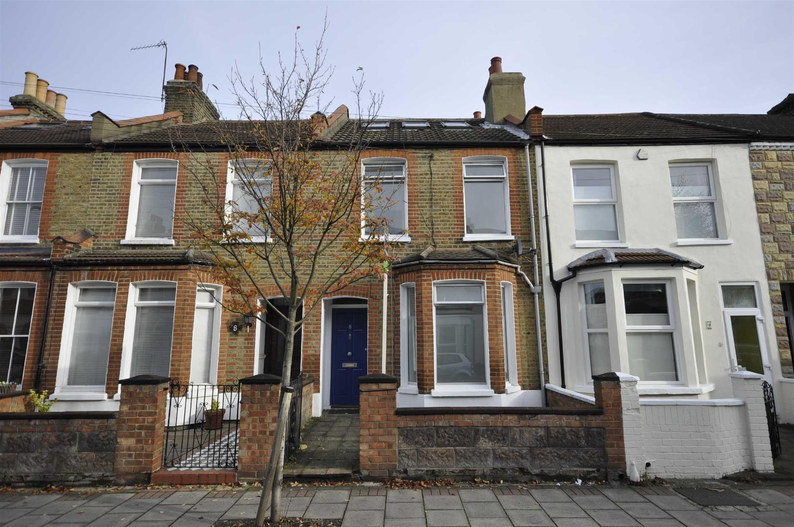 Briscoe Road, Colliers Wood
