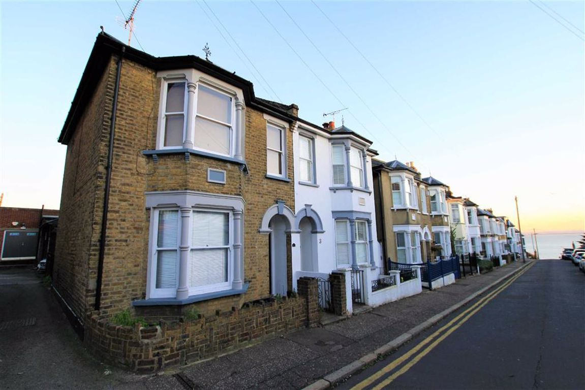 Seaview Road, Leigh-On-Sea, Essex